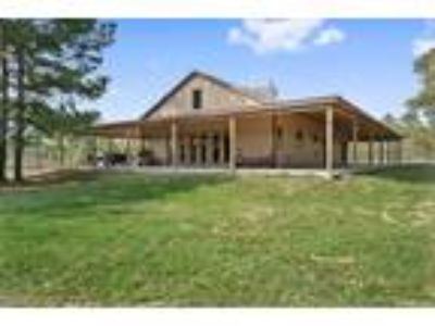 150 ac luxury high fence ranch for sale: Turn Key and Ready to move in.
