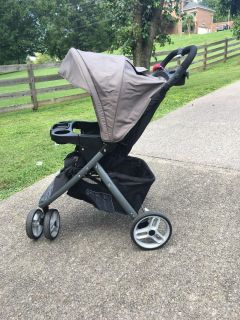 Graco stroller- great condition