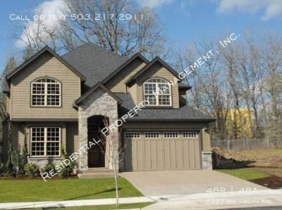 Traditional 2 Story Home in the Heart of Bethany!