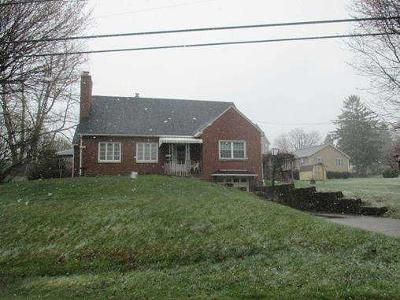 3 Bed 1 Bath Foreclosure Property in Johnstown, PA 15904 - W Oakmont Blvd