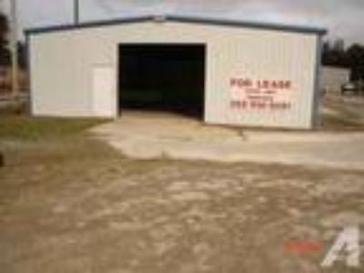 2000ft - Commercial/Retail/Storage (North Fla/Trenton)