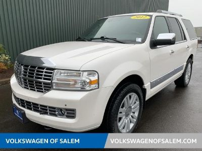2012 Lincoln Navigator Base (White Platinum Metallic Tri-Coat)