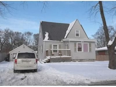 3 Bed 1.5 Bath Foreclosure Property in Lake Station, IN 46405 - E 35th Ave