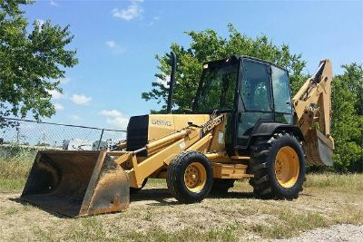 $2,500, Ford 555C loader backhoe