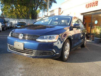 2013 Volkswagen Jetta SE PZEV (Tempest Blue Metallic)