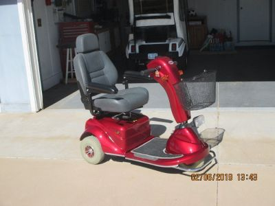 MERIT MOBILITY SCOOTER