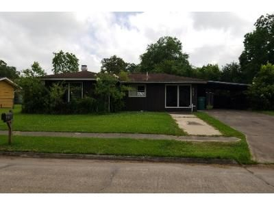 Preforeclosure Property in Orange, TX 77630 - Camellia Ave