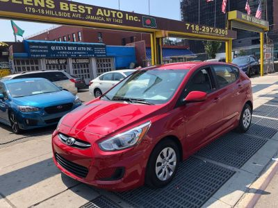 2017 Hyundai Accent SE Hatchback Auto (Pulse Red)