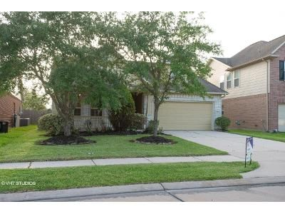 3 Bed 2 Bath Foreclosure Property in Pearland, TX 77584 - Golden Creek Ln