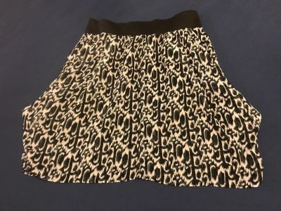 Jules & Leopold Silky Lined Skirt. Size 8. 100% Polyester. EUC