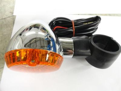 Sell KAWASAKI VULCAN 800 CLASSIC 1996-2005 FRONT RIGHT TURN SIGNAL motorcycle in Alexandria, Virginia, US, for US $27.55