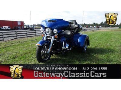 2017 Harley-Davidson FLHTCU