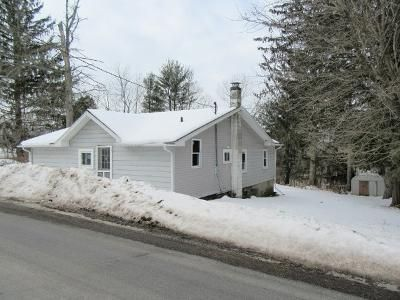 3 Bed 1 Bath Foreclosure Property in Port Byron, NY 13140 - Duck Lake Rd
