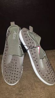 New Grey ladies canvas shoes