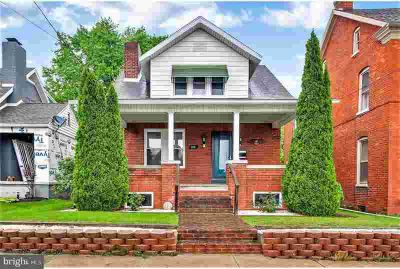 338 Centennial Ave HANOVER Two BR, a charming brick cape cod