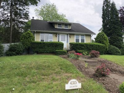 4 Bed 1 Bath Single Family Home In Central Dauphin East SD