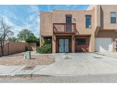 3 Bed 2.5 Bath Foreclosure Property in Albuquerque, NM 87107 - Cuervo Ct NW
