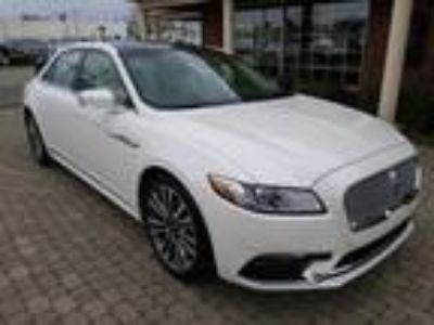 2017 Lincoln Continental Reserve AWD w Nav & Sunroof