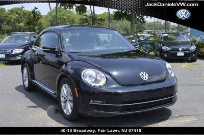 2013 Volkswagen Beetle TDI (Black Uni)