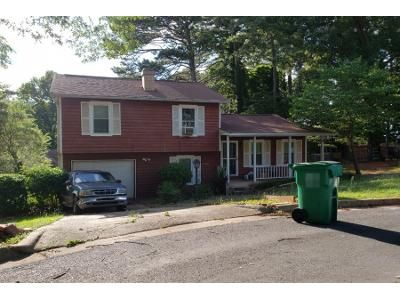 3 Bed 2.0 Bath Preforeclosure Property in Stone Mountain, GA 30083 - Hairston Crossing Ct
