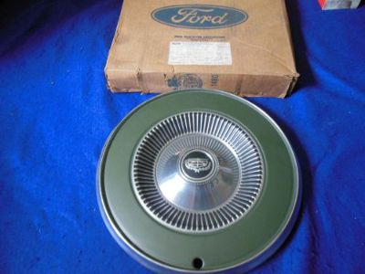 "Buy NOS Ford 14"" Green Wheel Cover (Hub Cap) 1972 Ford Maverick D5DZ-1130-F motorcycle in North Haven, Connecticut, United States, for US $19.99"