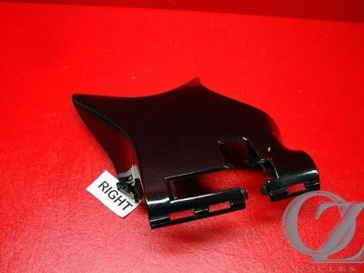 Sell RIGHT KNECK FRAME COVER VT600 VT 600 VLX HONDA SHADOW 01 J motorcycle in Ormond Beach, Florida, US, for US $14.95