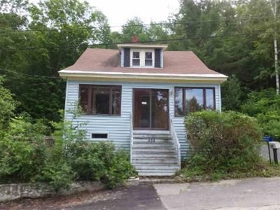 2 Bed 1 Bath Foreclosure Property in Berlin, NH 03570 - Hillsboro St