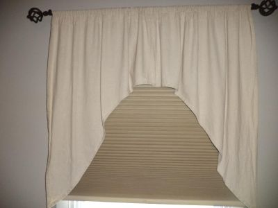 HOMESPUN PRIMITIVE SWAG CURTAIN, LONG INSERT VALANCE AND MATCHING TABLE RUNNER
