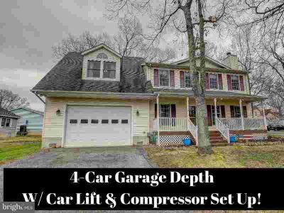 4911 Lerch Dr SHADY SIDE Four BR, CALLING ALL CAR & BOAT LOVERS!