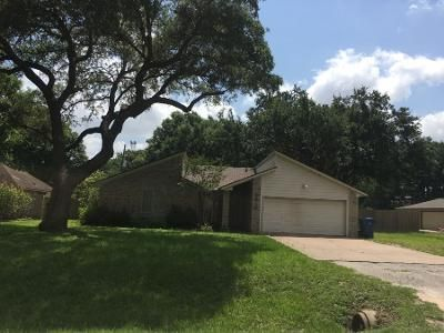 3 Bed 2 Bath Preforeclosure Property in Katy, TX 77493 - Patna Dr