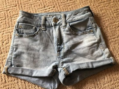 American Eagle light colored jean shorts. Great condition. Smoke free pet free pet free home.