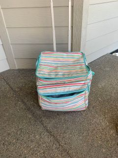 Thirty-One Canvas Cooler with wheels