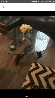 Coffee table & end tables - Rooms to Go $150