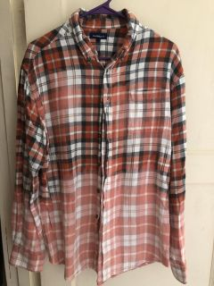 Women s distressed flannel large/Xl $10