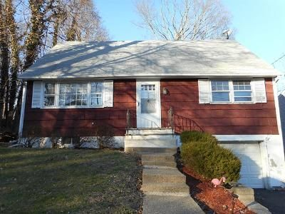 Foreclosure Property in Oakland, NJ 07436 - Hiawatha Blvd
