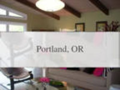SW Portland/Hillsdale Updated Mid-Century With ...