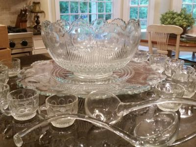 Beautiful Punch Bowl, Glass Ladles, 40 cups and Platter