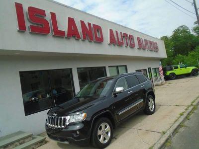 2011 Jeep Grand Cherokee Limited (Black)