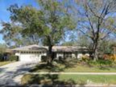 Three BR, Two BA home in Raintree for rent!