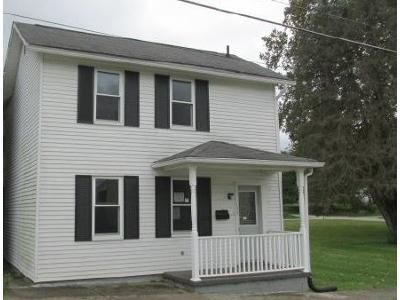 3 Bed 1.1 Bath Foreclosure Property in Blairsville, PA 15717 - W Brown St