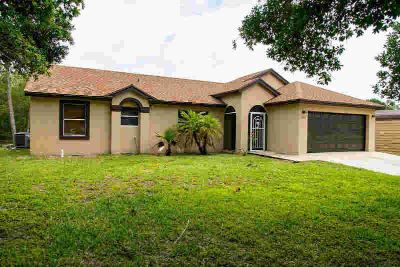 12783 83rd Lane N West Palm Beach, Dont miss out on this