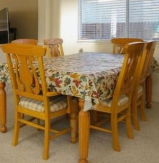 Dining room chairs (6)
