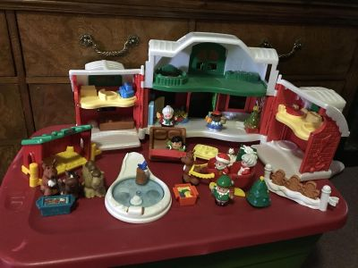 GIANT LITTLE PEOPLE CHRISTMAS HOUSE AND ADDED PLAYSETS