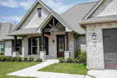 1400 Kalas Circle Lumberton Four BR, This is a new construction
