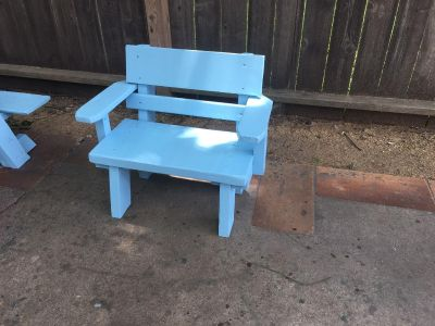 Child s small bench 11 deep 22 wide seat 11 high asking $25.00
