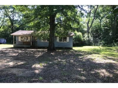 Preforeclosure Property in Poplarville, MS 39470 - Moore Rd