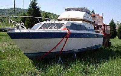 1983 Chris-Craft Catalina 29