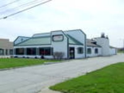 ONLINE AUCTION - 6300 SF Retail Commercial Building on Bay Rd./M-84