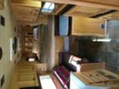 4-Star Beautiful LQ Trailer Many Amenities