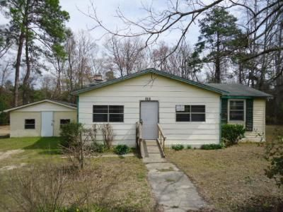 3 Bed 1 Bath Foreclosure Property in Mount Vernon, GA 30445 - N Washington St